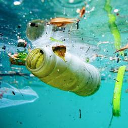 Plasticsoep, zwerfafval in oceaan